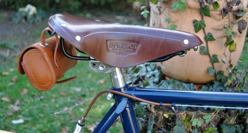 (Mondia) Jean Brun futur custom ! 410
