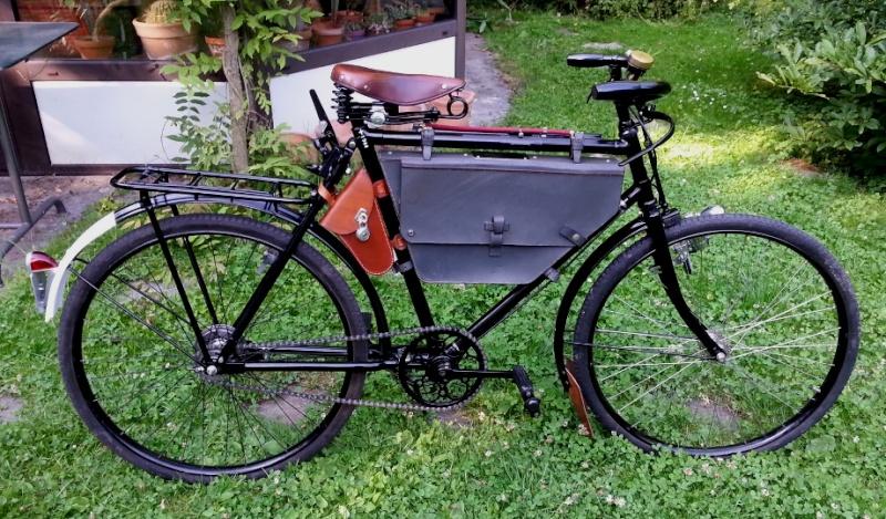 Révolver 1882 cycliste Valo_m10