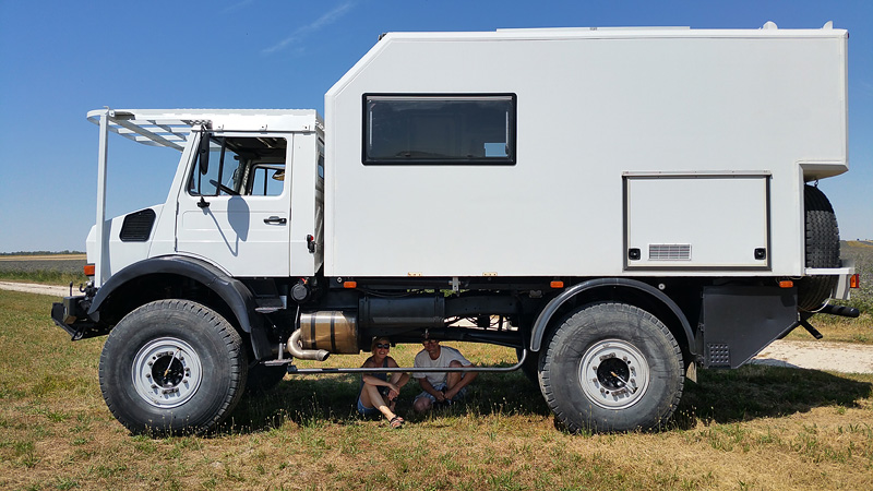 Notre 2150L38 Camping Car  - Page 4 Dzobut17