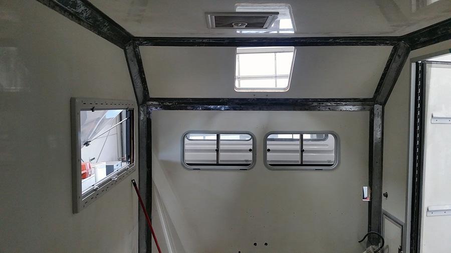 Notre 2150L38 Camping Car  - Page 7 Merex_25