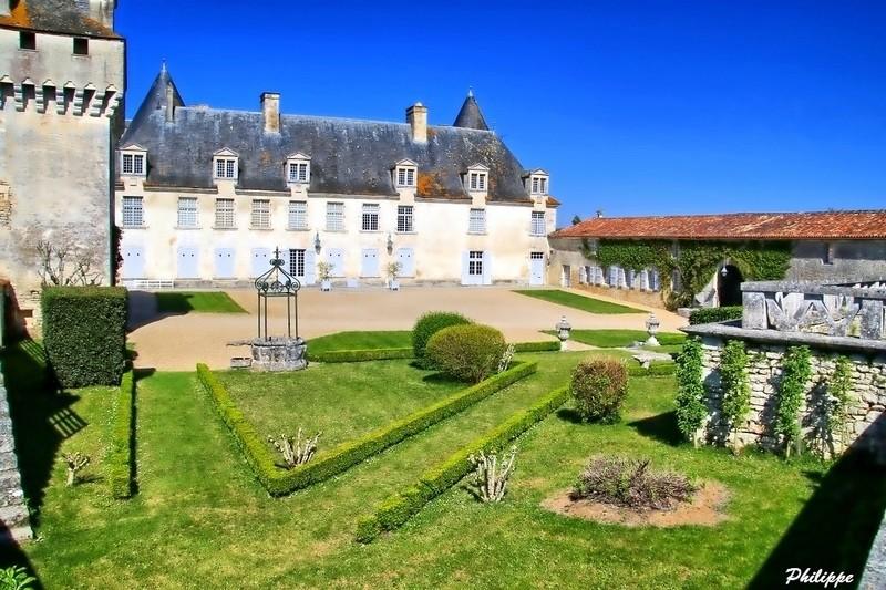 Chateau de la Roche courbon 718a1710
