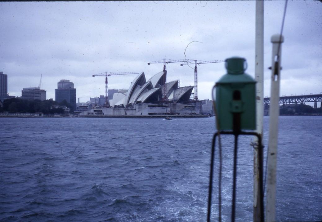 ENSEIGNE DE VAISSEAU HENRY (AE) Tome 1 - Page 21 Sydney10