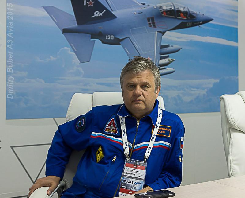 Le fils d'Oleg Kononienko sur le premier vol du MS-21 Olegko11