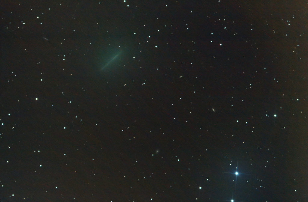 Comètes - Page 16 41p_tu12