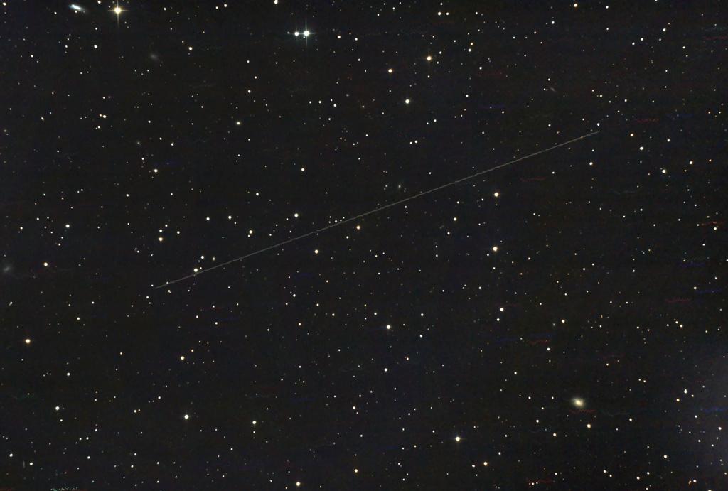 """""""Phénomènes"""" dans le ciel - Page 16 Astero11"""