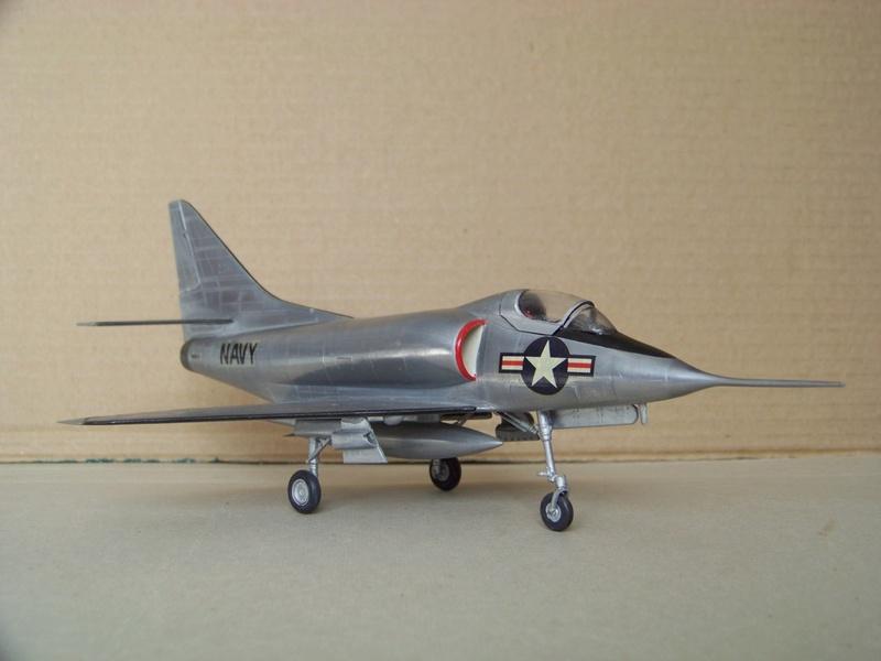[Lindberg] - Douglas XA4D-1 Skyhawk, 1/48 100_9510