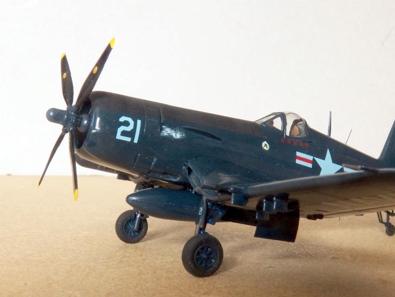 Vought F4U-5N et F4U-7, Italeri, 1/72 F4u-5n11