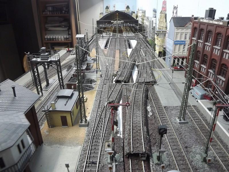 Bruxelbourg Central - Un réseau modulaire urbain à picots - Page 4 Ancien10