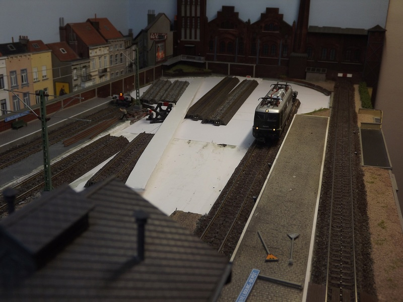 Bruxelbourg Central - Un réseau modulaire urbain à picots - Page 5 Avance10