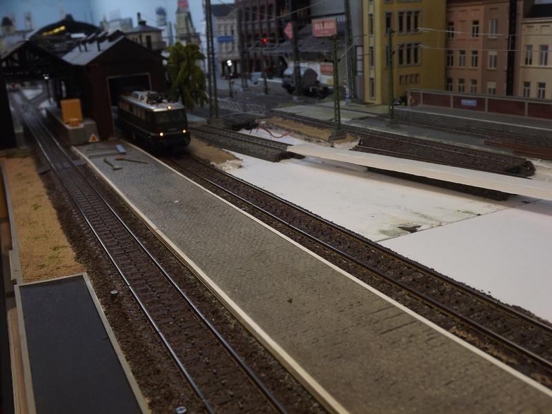 Bruxelbourg Central - Un réseau modulaire urbain à picots - Page 5 Avance11