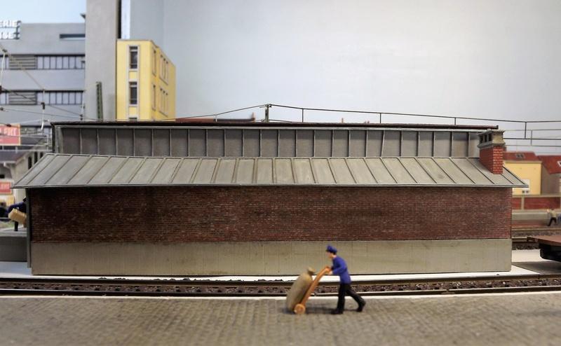 Bruxelbourg Central - Un réseau modulaire urbain à picots - Page 7 Dscf1015