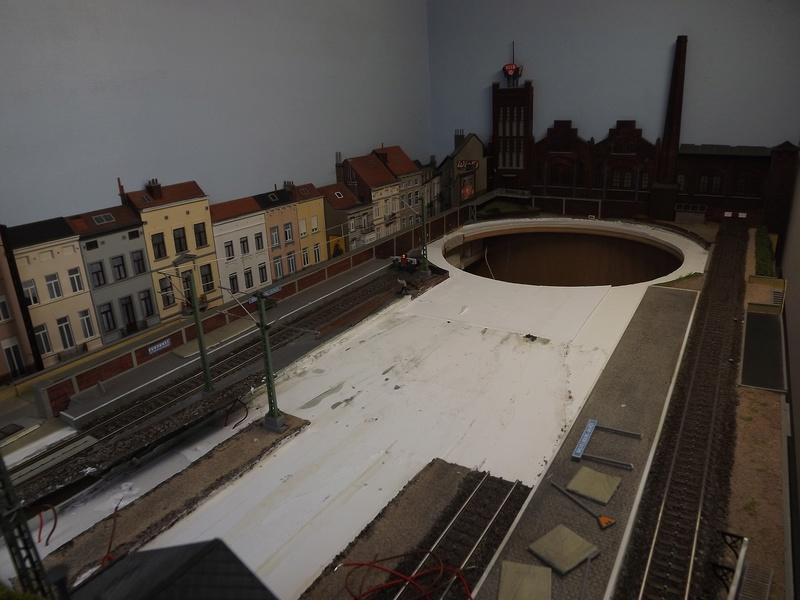 Bruxelbourg Central - Un réseau modulaire urbain à picots - Page 4 Module13