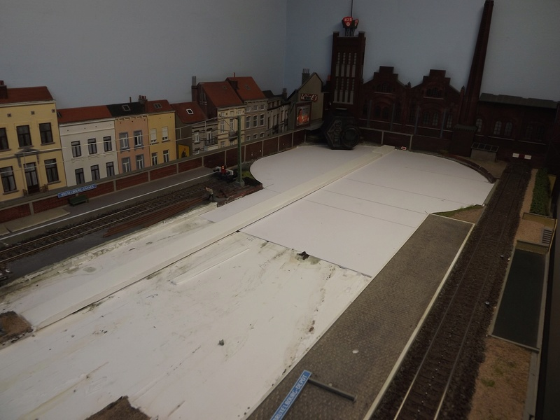 Bruxelbourg Central - Un réseau modulaire urbain à picots - Page 4 Module14
