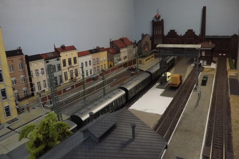 Bruxelbourg Central - Un réseau modulaire urbain à picots - Page 5 Module15