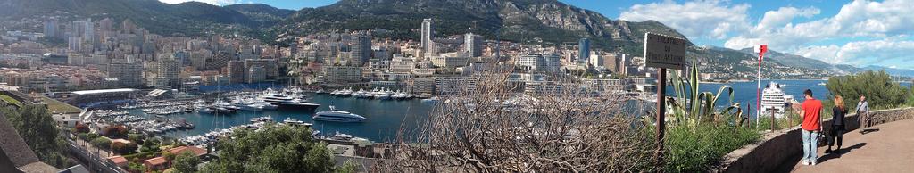 Kery le fan de Monaco ! Monaco12