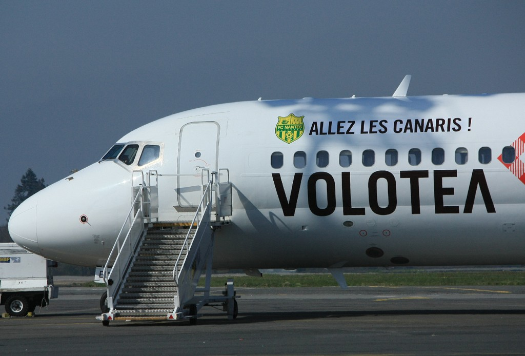 "[18/03/2014] Boeing 717 (EI-EWJ) Volotea Airlines: ""ALLEZ LES CANARIS"" Stickers Ei_ewj10"