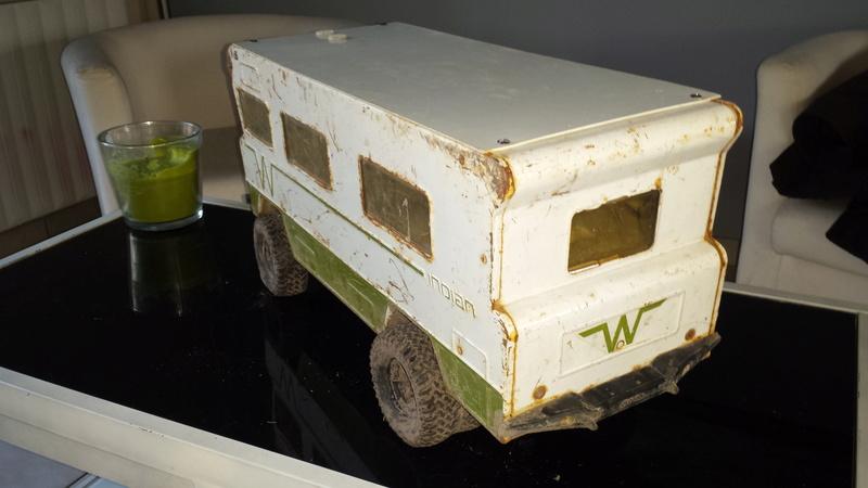 camping car winnebago  au 1/12 - Page 5 20170324