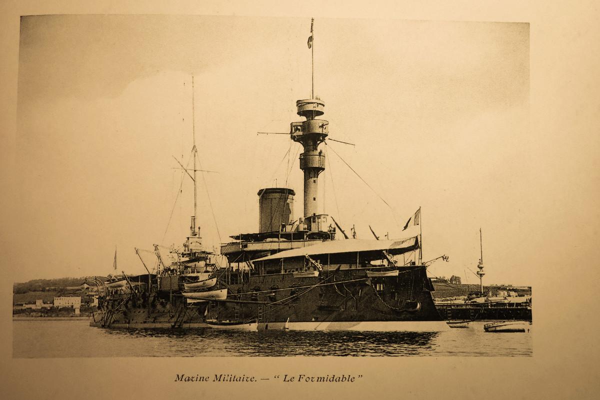 [Les ports militaires de métropole] Port de BREST - TOME 2 - Page 21 Brest_11