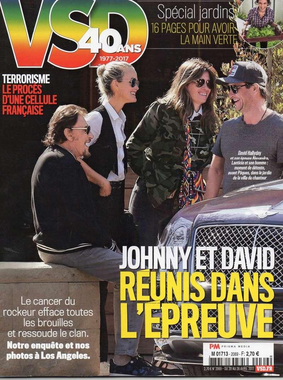 JOHNNY ET LA PRESSE (2) - Page 4 Img33610
