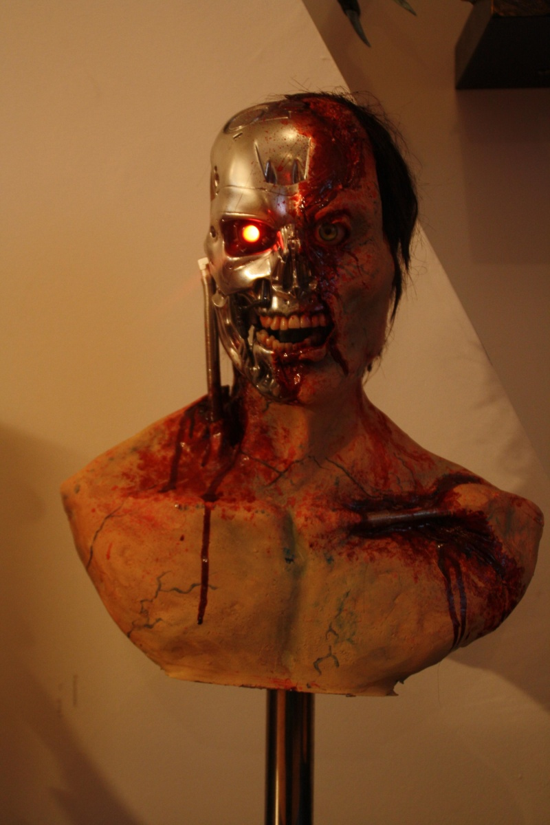 mon buste terminator version gore Img_6215