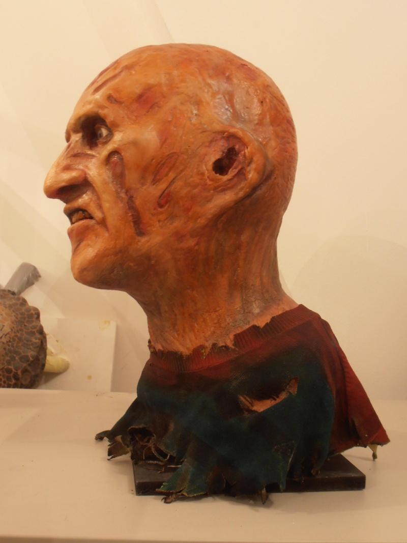 mon buste freddy krueger 1:1 (pour une commande) Pc146414
