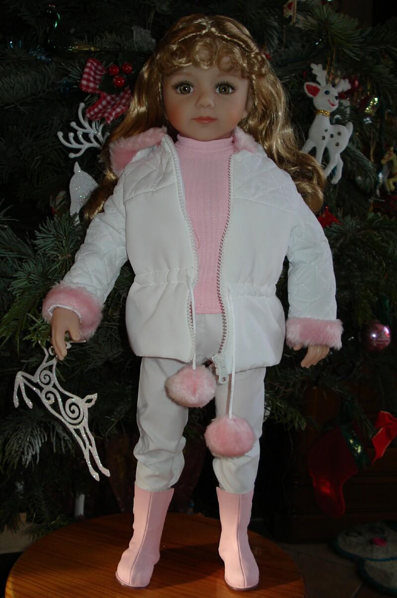 Ma petite Caroline et une petite surprise pour Noël (p.5)..... - Page 3 Dsc09024