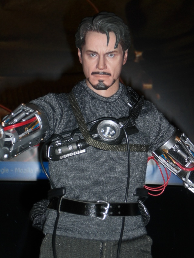 VENDS Loose Dx13-HS Tony Stark MECH TECH VERSION + Sac Hot toys Cimg5210