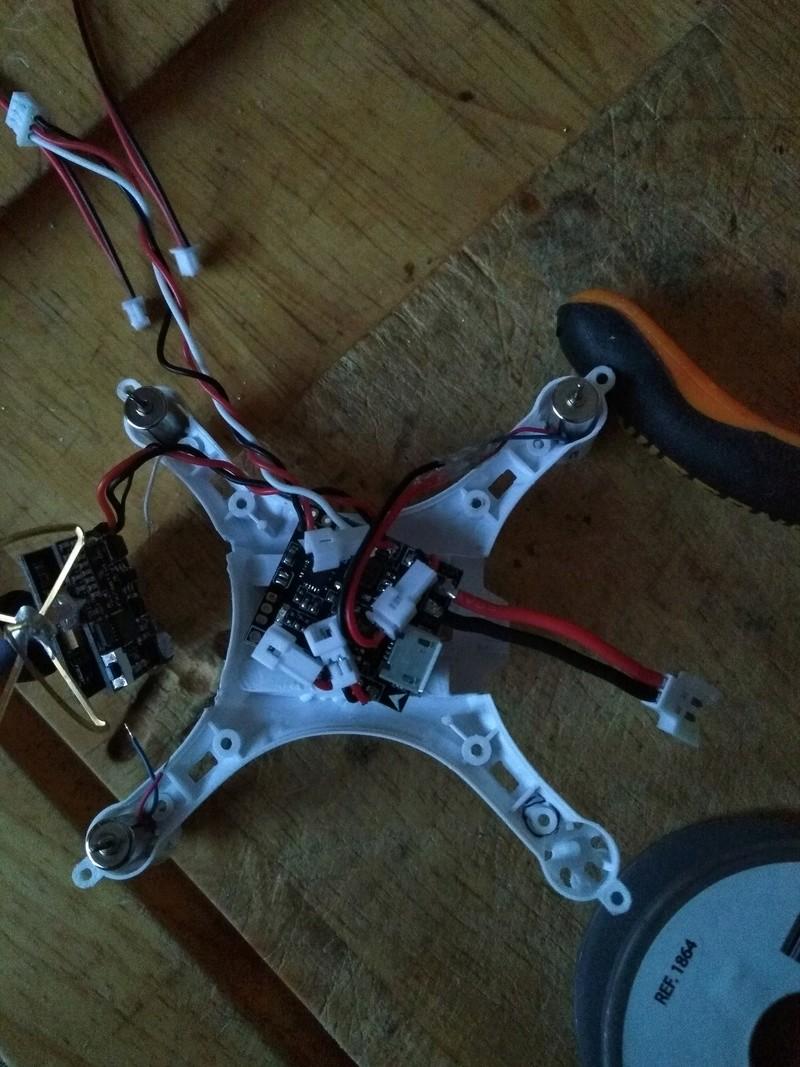 Montage Eachine H8 Mini FPV Img_2047