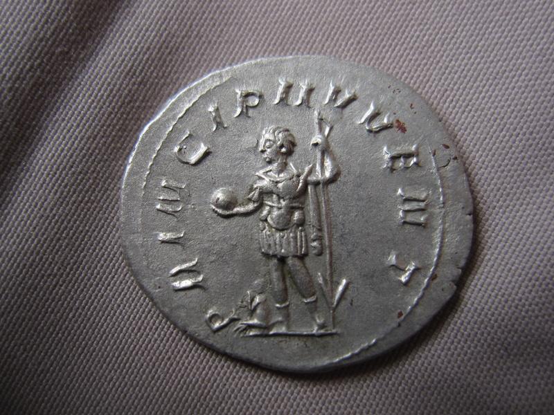 un antoninien de philippe II Img_1610