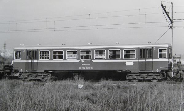 Vagons Renfe sobre vies mètriques Img_5618