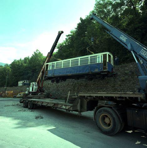 Vagons Renfe sobre vies mètriques Nuria11