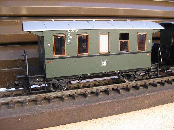 Tarda de trens a Barcelona (material nou Train Line 45 i LGB) Xxx_1211