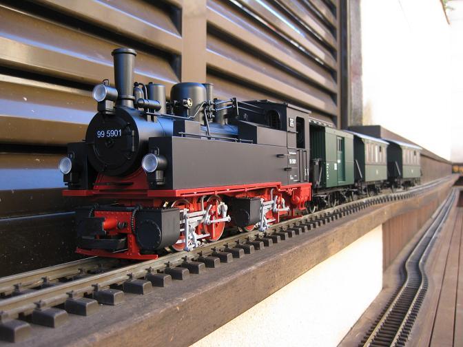 Tarda de trens a Barcelona (material nou Train Line 45 i LGB) Xxx_1611