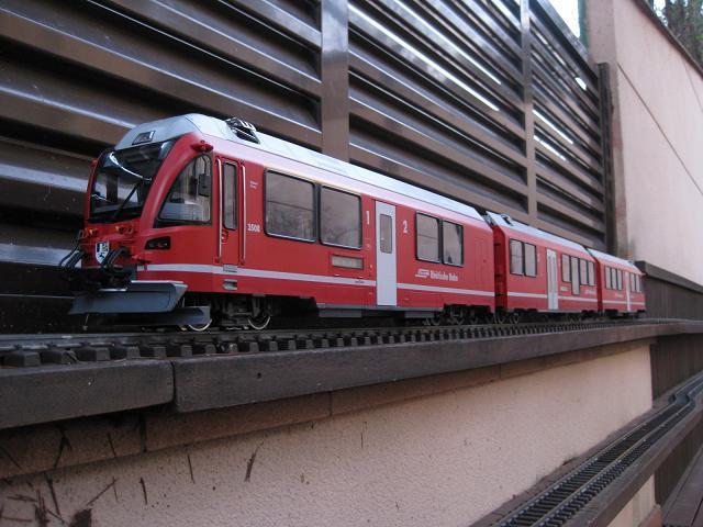 Tarda de trens a Barcelona (material nou Train Line 45 i LGB) Xxx_2110