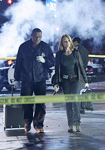 9x12 Disarmed and Dangerous (Spoilers) Dd0210