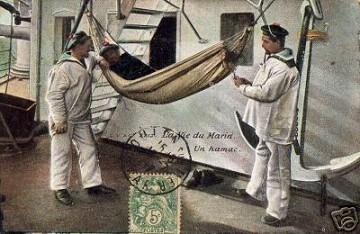 [Les traditions dans la Marine] Les hamacs. - Page 3 Hamac_10