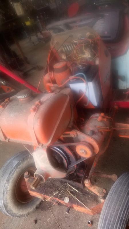 TRACTEUR - Micro-tracteur Motostandard 1031, bientot dans la cour Dsc_0312