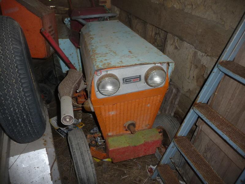 TRACTEUR - Micro-tracteur Motostandard 1031, bientot dans la cour P1090911