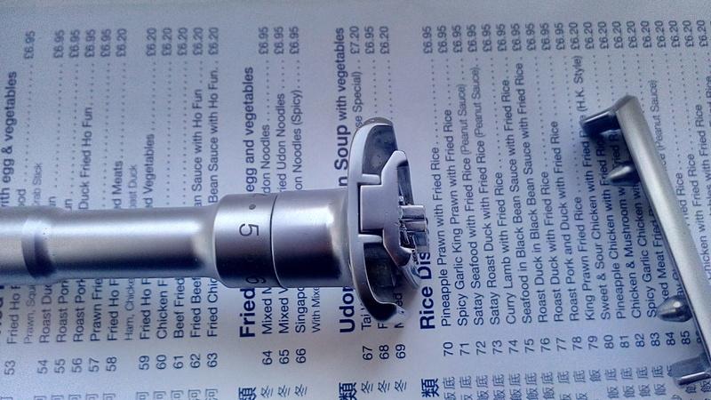 Qshave adjustable safety razor (Futur clone) Img_2025