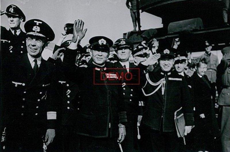 Konteradmiral Scheer  ( Deutsches Marinekommando Toulon ) Kriegs10