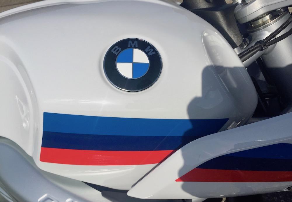Jim essaie la BMW R NineT Racer Img_3739