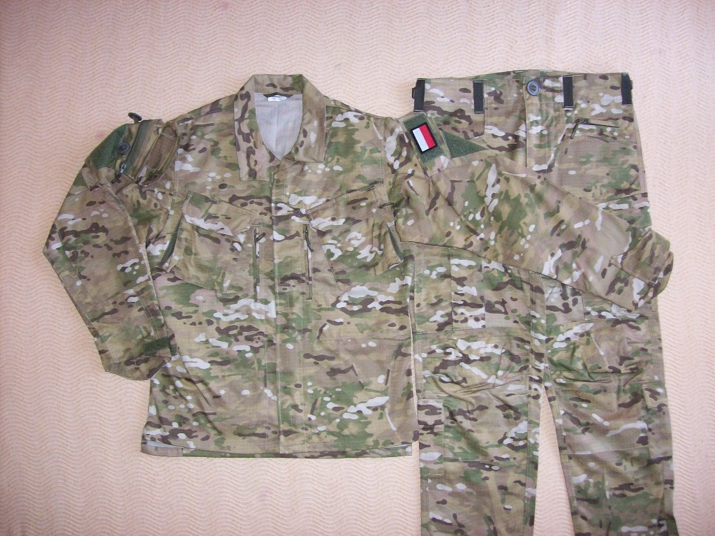 Polish Special Forces Multi-Cam combat uniform 100_3921