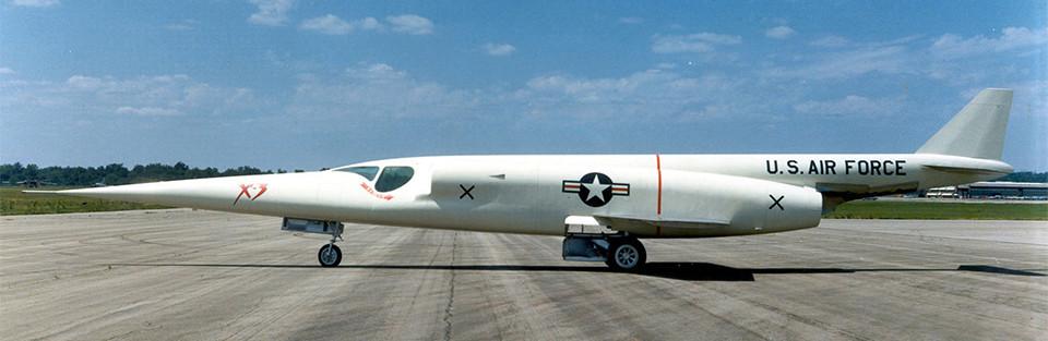 """Douglas X-3 """"Stiletto"""" [1/72 - MACH 2] - Page 3 Dougla12"""