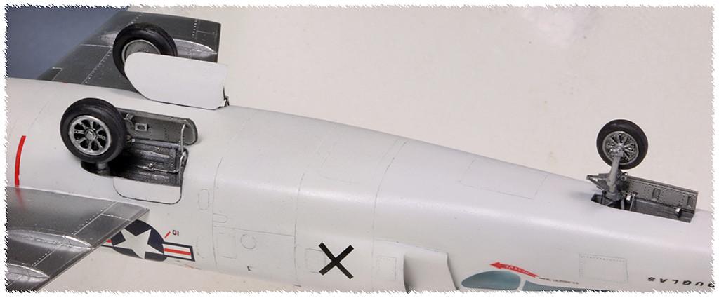 """Douglas X-3 """"Stiletto"""" [1/72 - MACH 2] - Page 3 Img_9710"""