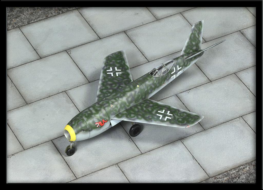 Messerschmitt Me P.1106 (II) [1.72 huma-modell] - Page 2 Img_9738
