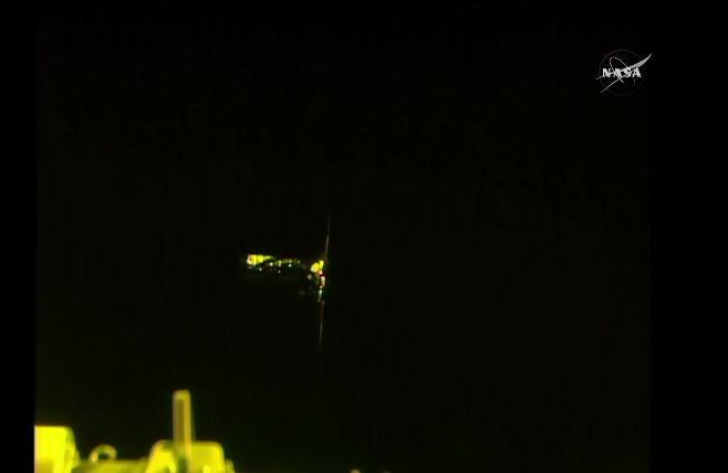 Atlas V (Cygnus OA-7) - 18.04.17 - Page 4 Cygnus11