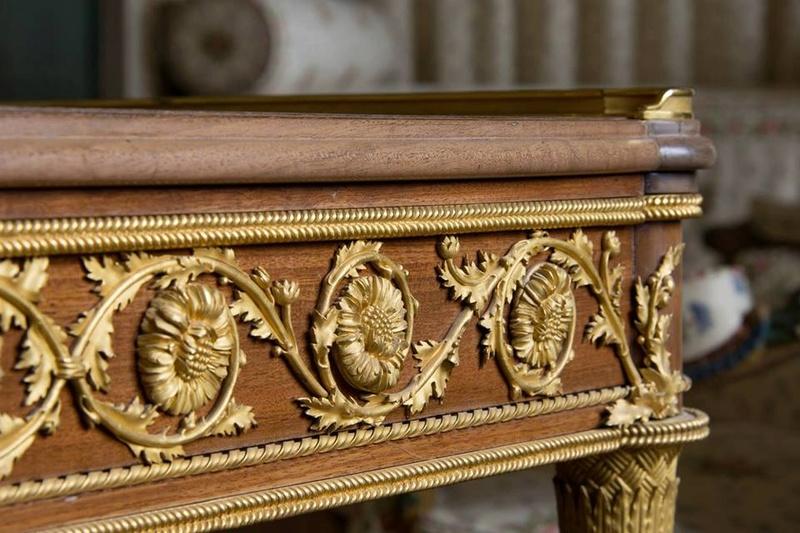 Trianon - La visite du Petit Trianon: La chambre de la Reine - Page 2 10167910