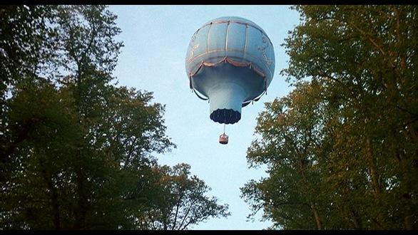 La conquête de l'espace au XVIIIe siècle, les premiers ballons et montgolfières !  1027_m10