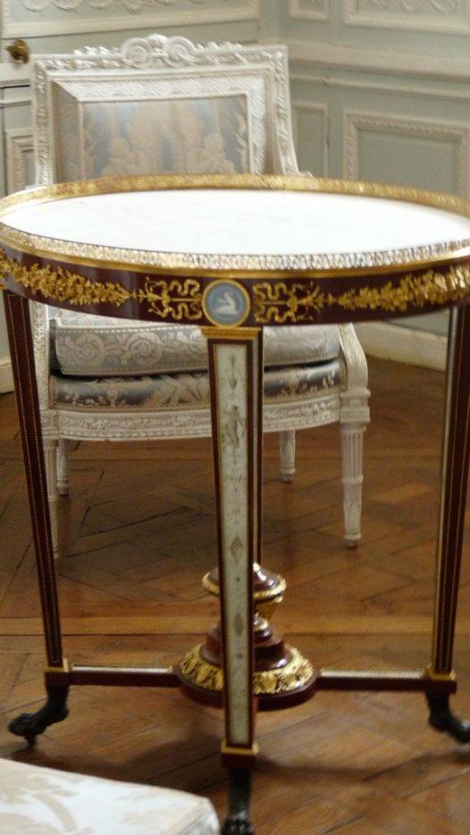 Boudoir ou Cabinet des glaces mouvantes au Petit Trianon 32310