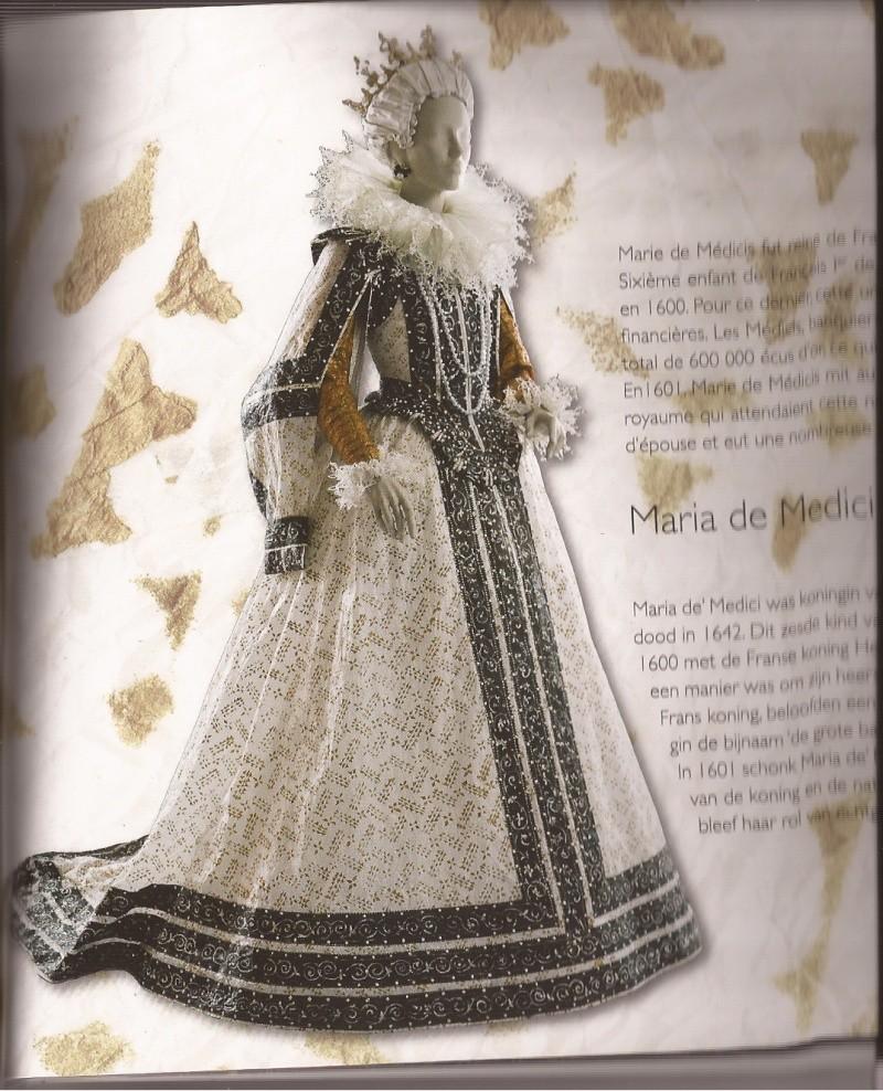 Les costumes de papier d'Isabelle de Borchgrave Catama11